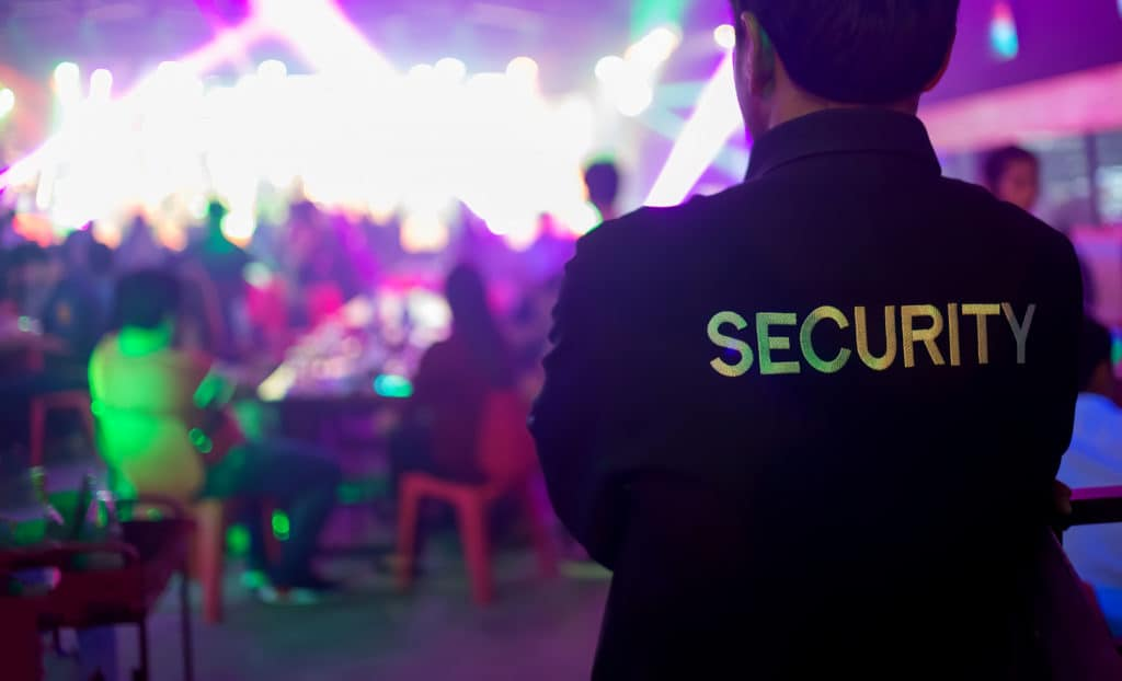 Wachschutz-Objekt-und-Werkschutz-Event-Security-Revier-und-Streifendienst-Pförtner-und-Empfangsdienste-Baustellenschutz-Personenschutz-Chauffeurdienste-Kaufhausüberwachung-Handelsschutz-security